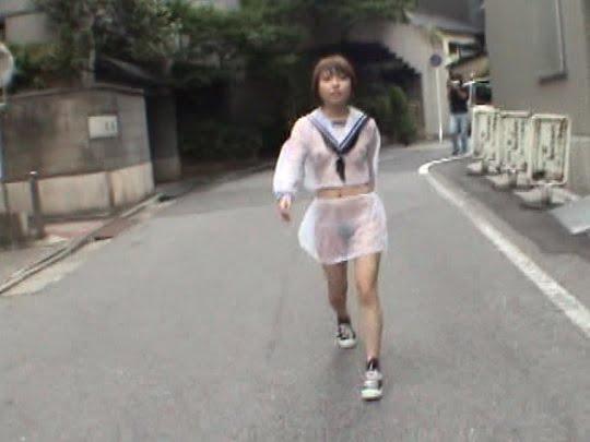 【着衣露出】日本の野外露出ビデオらしい全裸着替えプレーが満載サンプル99