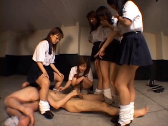 完全CFNM!女子たちにいじめられるフルチン男子強制オナニーサンプル128
