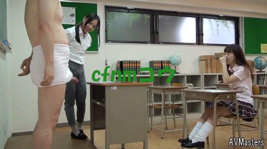 cfnmコウ6作目。教室で男子だけ全裸のフルチン性教育授業サンプル23