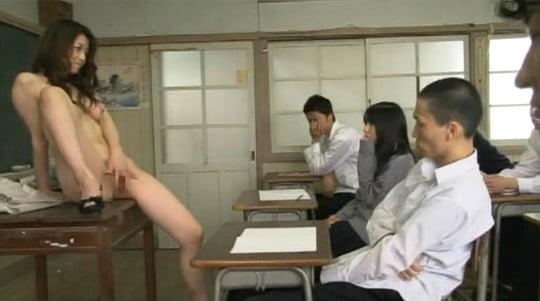 AV女優が女教師になって実践型性教育授業をする【CMNF編】サンプル27