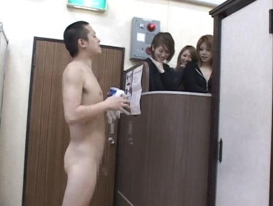 銭湯の番台と男湯に女子がいる!合法露出で全裸フルチンになる?サンプル180