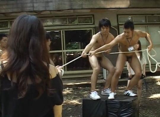 テレビのバラエティー番組みたいなCFNM全裸フルチンゲームサンプル17