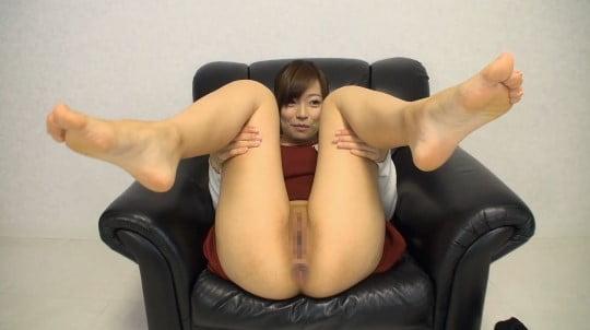 アナルをアップで見たい?カワイイ女子が肛門&女性器を見せる!サンプル125