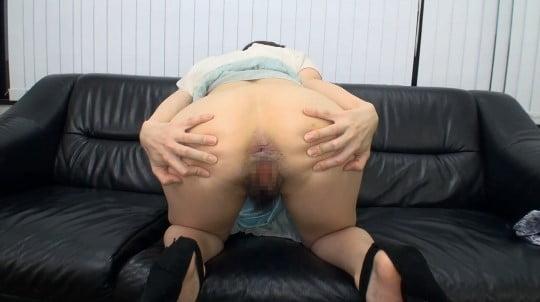 アナルをアップで見たい?カワイイ女子が肛門&女性器を見せる!サンプル31