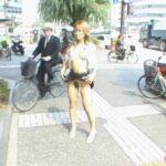 日本のギャルの野外露出ビデオ!着衣露出・路上着替え・放尿アリサンプル42