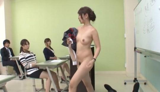 露出・セックスのハードルが異常に低い世界!芸能界・テレビ界編サンプル113